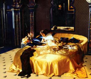 Latzke designed the bedroom as an Arabian tent