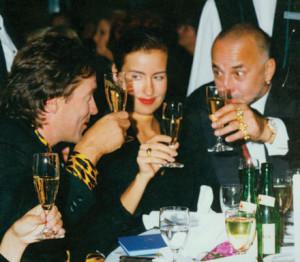 The artist and long-time director of the Düsseldorf Art Academy Markus Lüpertz toasts to Latzke