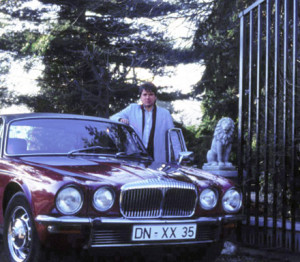 Latzke with his first big car, a Daimler Double Six Vandenplas at the antrance of Stepprath