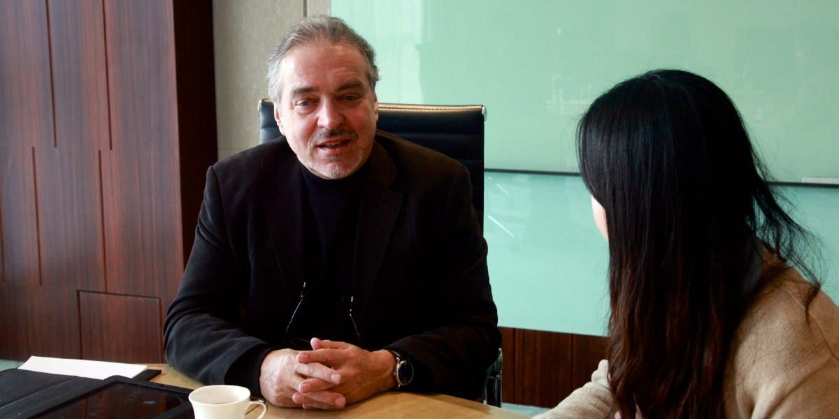 Vision China interviewt Professor Rainer Maria Latzke