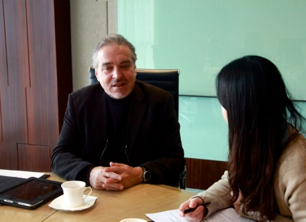 Vision China interviewt Professor Rainer Maria Latzke